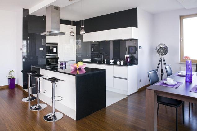 Zobacz galerię zdjęć Perfekcyjnie zaplanowane otwarte   -> Kuchnia W Salonie Aranżacje