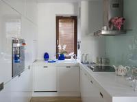 Aranżacje kuchni na czasie. Białe meble kuchenne