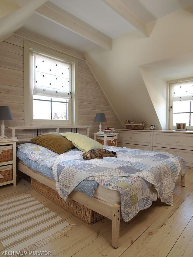 Zobacz galerię zdjęć Sypialnia na poddaszu w stylu   -> Urzadzamy Kuchnie Na Poddaszu